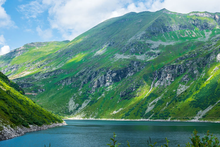 Mountain Water Beauty In Nature Day Mountain Range Cloud - Sky Lake Sky Mountain Peak Landscape Outdoors Bergsee