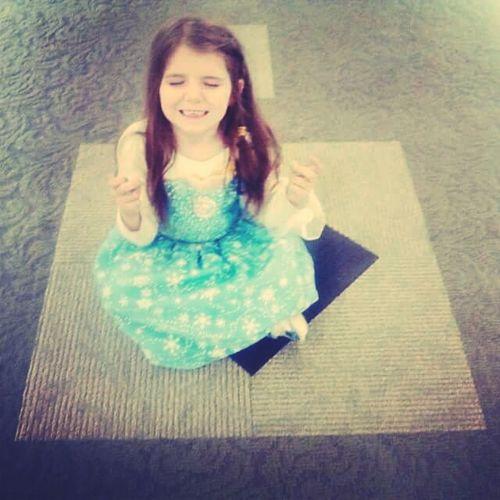 Doing yoga in her elsa dress Frozen Elsa♡ Yoga Stop Drop And Selfie My Heart ❤ My World ♥ My Niece ❤