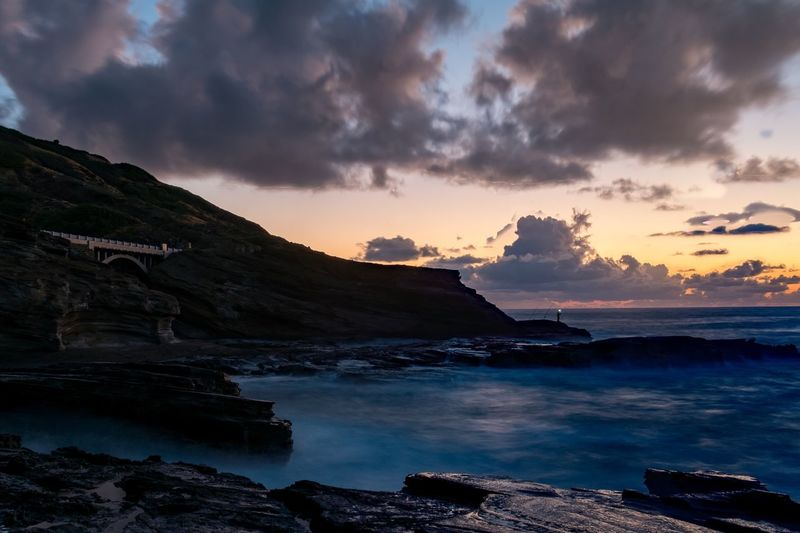 Mornings.. Fujifilm X-Pro1 Fujifilm_xseries Sunrise Sunrise_sunsets_aroundworld Beauty In Nature Tranquility Landscape Outdoors Hawaii Oahu EyeEm Nature Lover Seascape EyeEm Best Shots Fujifilm