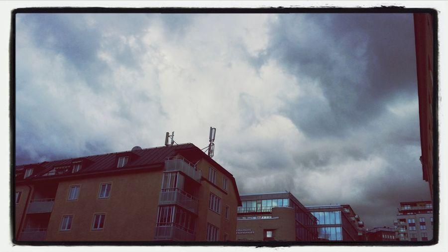 Cloudporn Buildings Walking Around ängsknarren