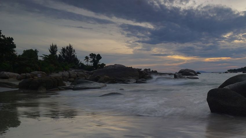 Penyusuk beach, Belinyu, Bangka Travel Photography Sunset Twilight Seascape Bangka Scenic Scenic View Granitic Beach Rocky Beach Photography By @jgawibowo Arif Wibowo Photoworks Shot By @jgawibowo Shot By Arif Wibowo Landscape Beach Reflection Tranquility Rock - Object Water Cloud - Sky Sea Sky Travel Destinations Nature Scenics Wave