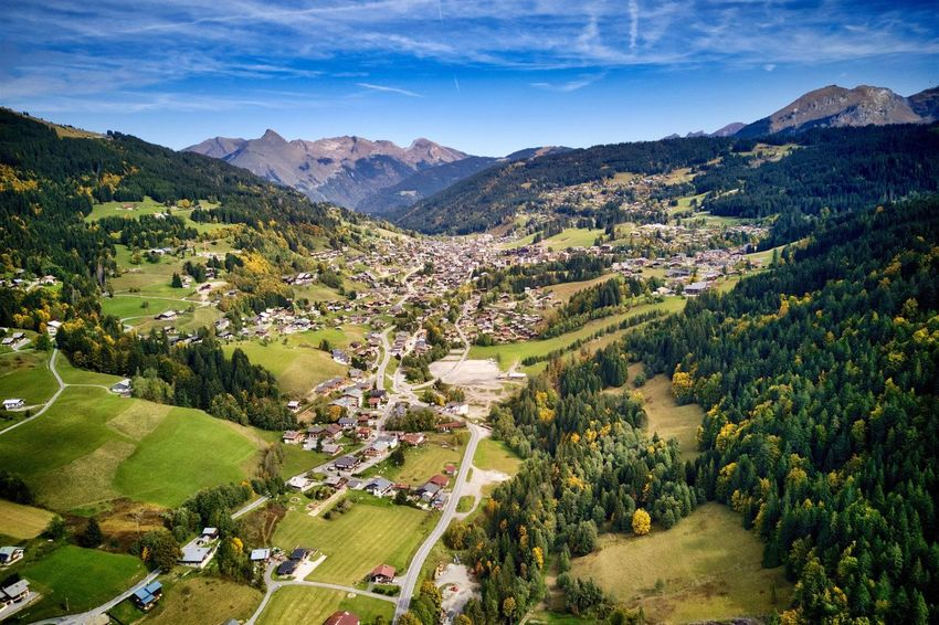 Mavic Pro Les Gets Les Gets Village Montagne