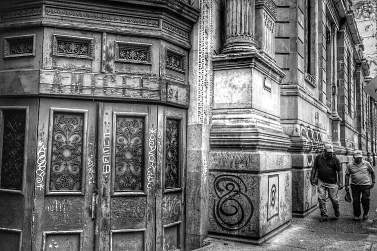 Streetphotography Urban Decay Urban Exploration Urbex Snapseed Edit Monochrome Walking Around Mexico City