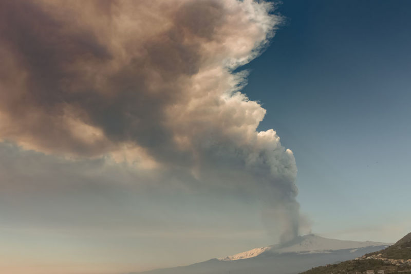 Catania Cloud - Sky Sky Mountain Beauty In Nature Scenics - Nature No People Nature Non-urban Scene Erupting Tranquility Tranquil Scene Volcano Environment Outdoors Smoke - Physical Structure Day Geology Idyllic Power In Nature Physical Geography Pollution