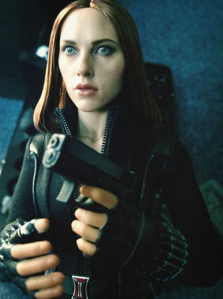 Actionfigure Hottoys BlackWidow Scarlett Johansson