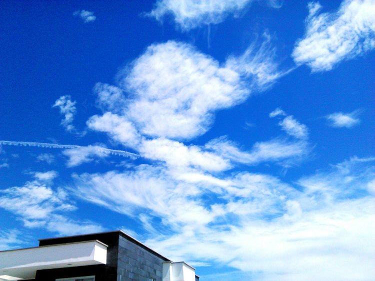 first eyeem photo-sky is the límit.