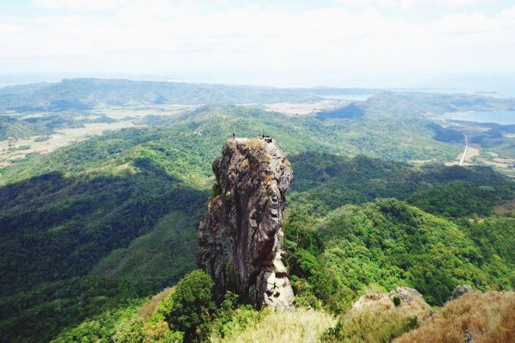 The Boulder Pico De Loro Picodeloro Trekking Itsmorefuninthephilippines Ph