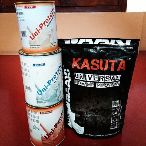 Protein Supplements that help me PushHarder and Digdeeper . Insanity Power Protein Beastmode Fitness Fitfam Workout Preworkout Postworkout Iamdedicated Teamdedicated Healthy Fitfreak Beachbody Unstoppable Thanks @sharath_orangehills for KASUTA 💪