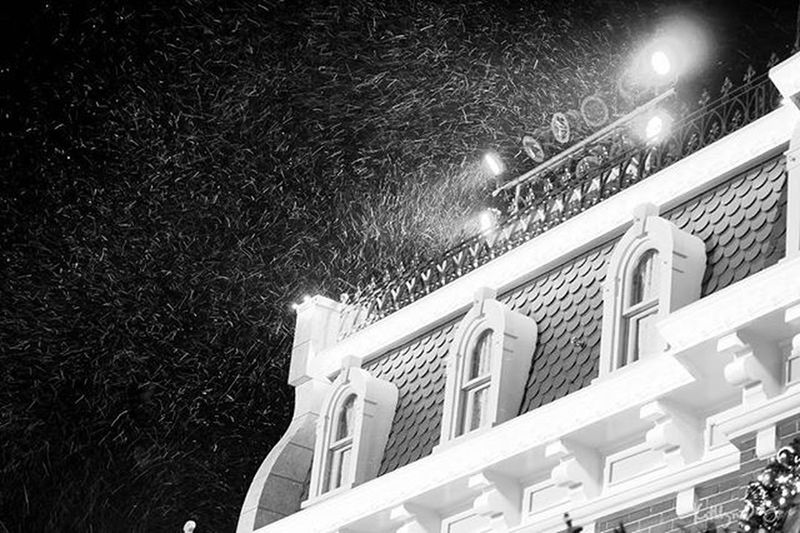POD 17/366: Winter is here This week's theme: Monochrome Photochallenge Fujifilmph Fujifilm Hk Sweetnovember  XA1 Travel City Snow Disneyland