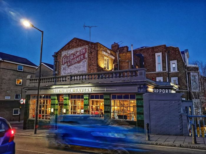 The union Tavern Huawei P20 Pro Huwaei Photography London England Nightphotography Maida Vale Pub City Illuminated Neon Sky Architecture Building Exterior Light Trail Light Painting Long Exposure Residential Structure Urban Scene Street Light Entertainment