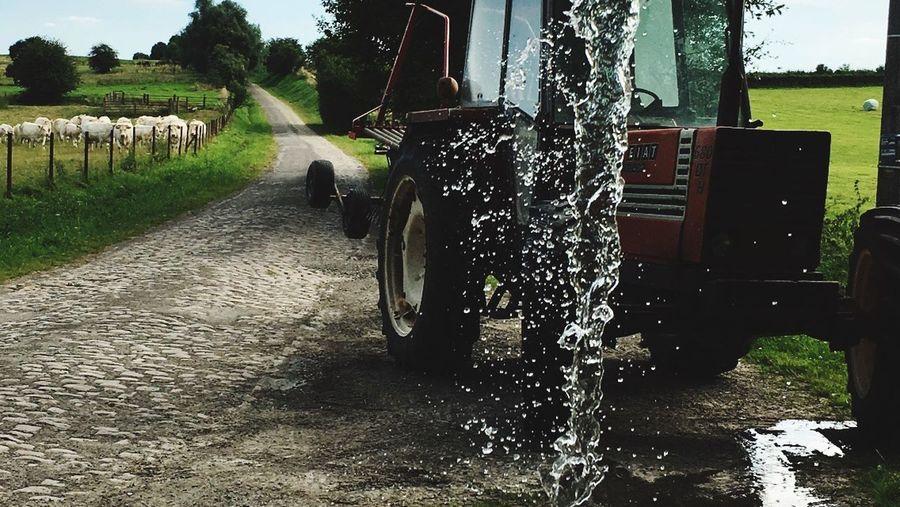 Water system for betail can Systeme d'eau pour remplie tonneau et donner a boir au betail en pature Agricole North France Tractor Campagne Scene Water Eau Campagne Nature Pature Instantphoto Waterfall