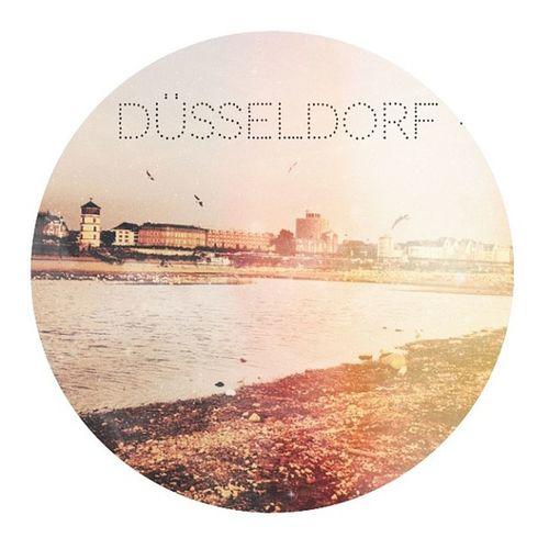 #Düsseldorf #ddorf #hipster #hipsterstyle #meicamachtdaswürstchen #Blabla #Rhein #Rheinufer Hipster Rhein Düsseldorf Blabla Rheinufer Hipsterstyle Meicamachtdaswürstchen Ddorf