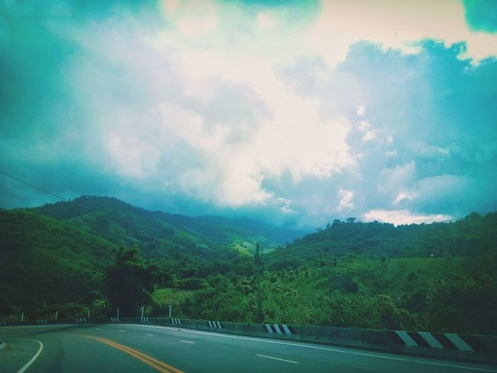 วิวภูดอย Roadsidephotography EyeEm Nature Lover Thailand Nature Chiang Rai, Thailand Garden Backgrounds EyeEm Best Shots Tree Mountain Road Rural Scene Fog Forest Sky Landscape Cloud - Sky Dramatic Sky Highway Sky Only Overpass Two Lane Highway Romantic Sky Dividing Line Mountain Road Empty Road Thunderstorm