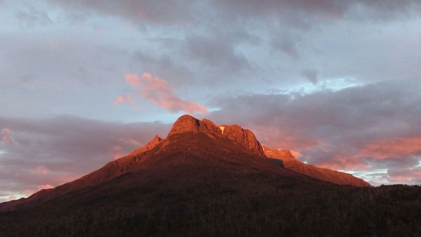 Incidenceof a Sunrise in Patagonia, Chilena