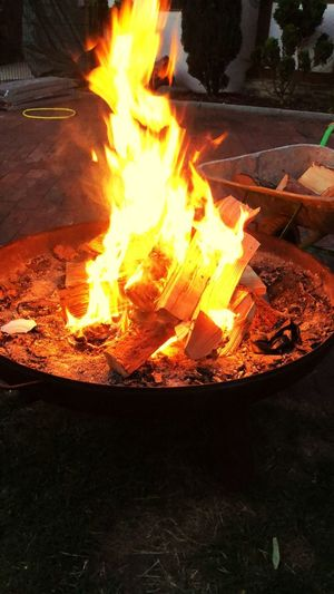 Flame Burning Fire - Natural Phenomenon Heat - Temperature Fire Orange Color Nature Night Bonfire Fire Pit Firewood Wood Yellow Glowing
