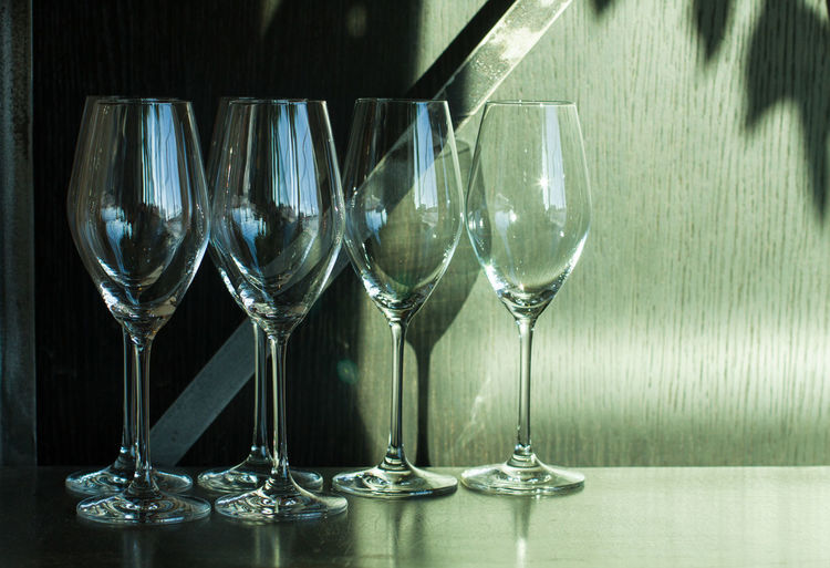 Glass Wineglass Refreshment Wine Drink Transparent Drinking Glass Glass - Material Food And Drink No People Still Life Table Household Equipment Reflection Indoors  Group Of Objects White Wine Variation Close-up Luxury