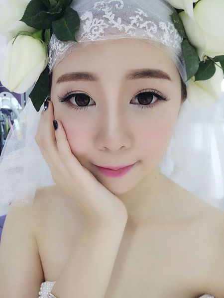First Eyeem Photo EyeEm Best Shots Nice To Meet You China Maoming Hello ❤ Photo♡ Me Girl Wedding Dress Model Goodnight Show