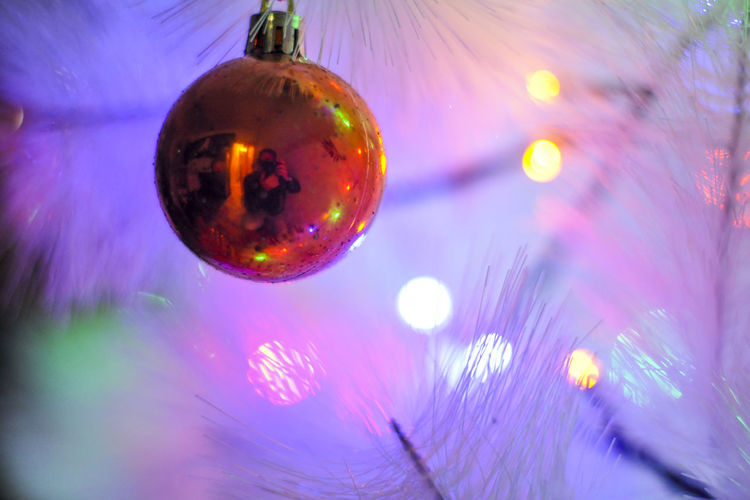 christamas balls #ghousty Person In The Ball Christmas Christmas Lights Christmastime Eyem Best Shots Eyem Collection At Getty Images Eyem Collections Eyem Color Lover Eyem Gallery Eyemphotography No People