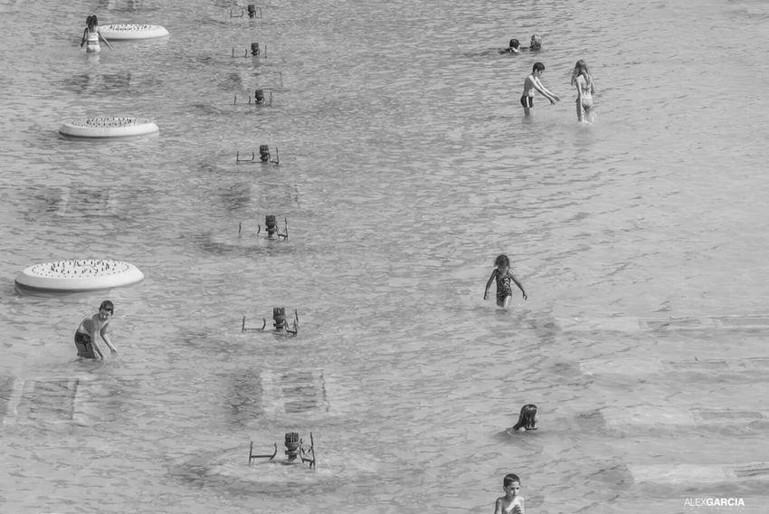 Trocadero Paris ❤ Paris.fr Human Relaxing La Tour Effel Water Blackandwhite Blackandwhite Photography