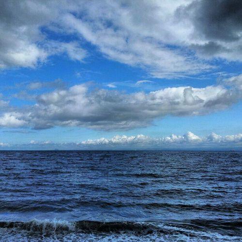 'Choppy' Ravenscraig Kirkcaldy Fife  Scotland cloudatlas Cloudreality Clouds Cloudporn Skysnappers skyporn sky Seascape Seaview sea Beach Instagrampolis instamob insta_underdog instahub Photography