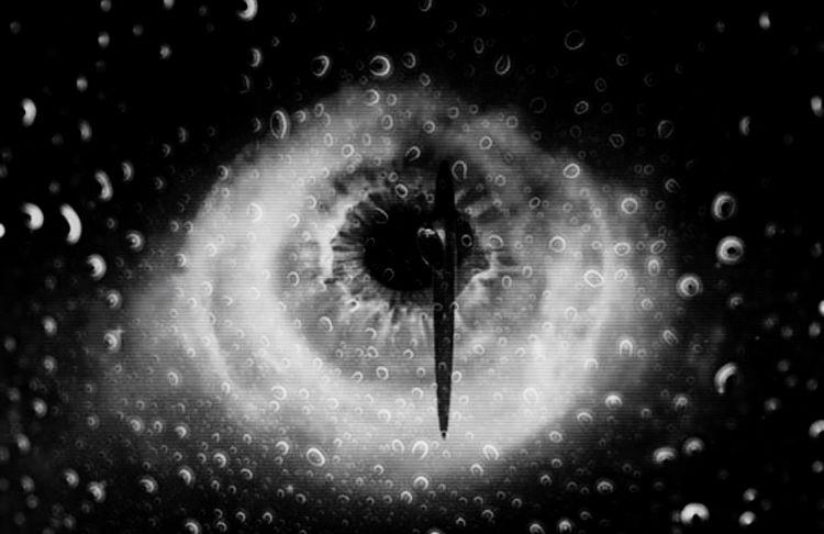 Monochrome Variation Au Rendez Vous Suivant à La Santé Du Feu Eyes Human Meets Technology Limousine iroquois qui déboulent