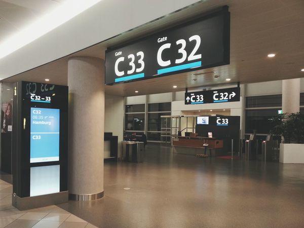 Vienna Airport Off We Go Travel Airport Flight Flight ✈ Hamburg German