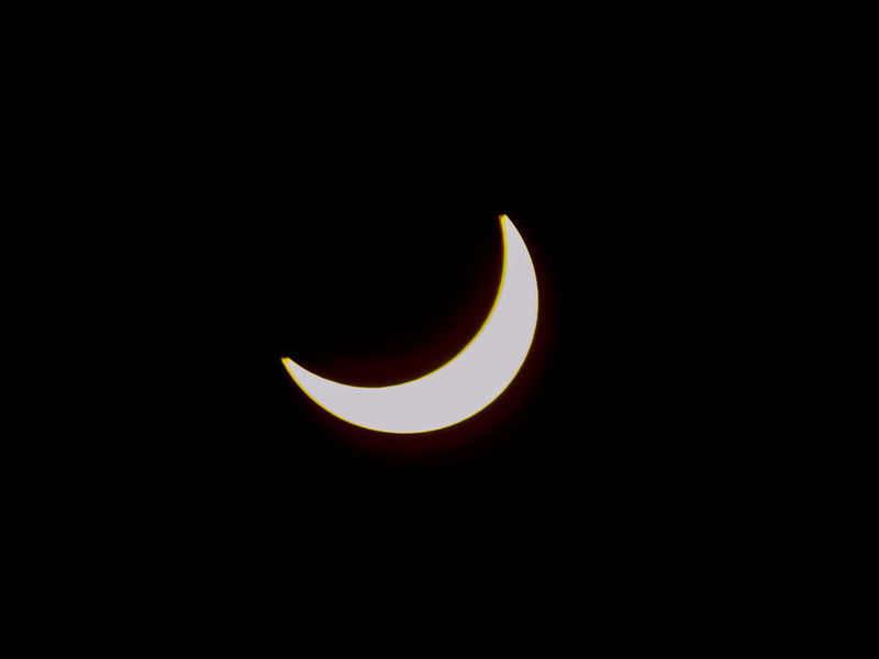 Solar Eclipse Solar Eclipse 2017 Astrology Event Illuminated Sky Collection Night In Day Black Background Outdoor Activities Astrology Sign High Noon Sunlight Once In A Lifetime Nature No People Outdoors Beauty In Nature Sky Crescent Scenics Natural Phenomenon Space Eclipse Astronomy Copy Space