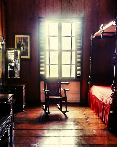 I'll be waiting for you till I die Oldroom Oldhouse Rocking Chair Bedroom Light Mellow Mobilephotography