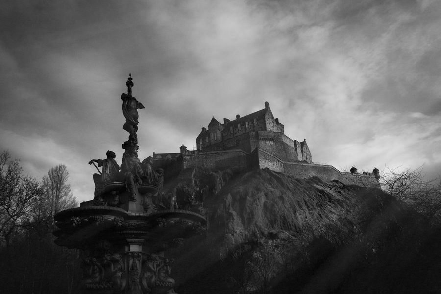 Edinburgh Edinburgh Castle Blackandwhite Photography Cityscapes Castle Princes Street Scotland Light And Shadow Sony A7 Sony