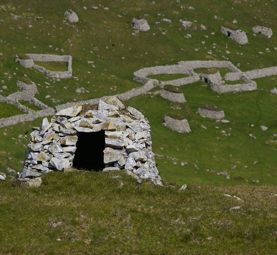 st kilda, Scotland The Past Ruined Stone Material Scotland St Kilda North Atlantic Hirta Hut