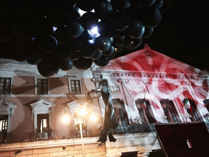 The Street Photographer - 2017 EyeEm Awards Bari, Saint Nicola's historical parade : flying woman and black baloons Parade SaintNicolas Bari Apúlia Southernitaly Traditions Woman Flying Blackbaloons History Streetphotography Details