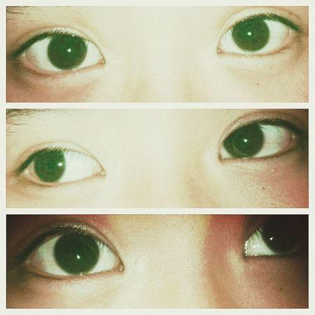 eyes <3 Random(: