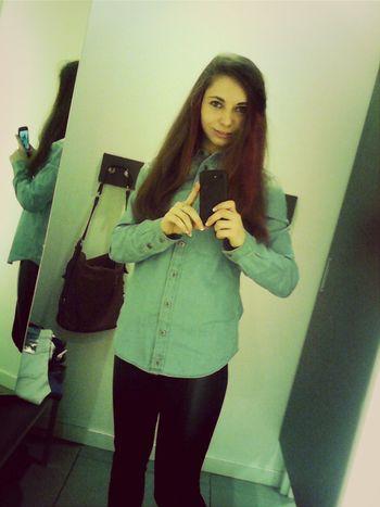 Salfie Girl Model Fashion