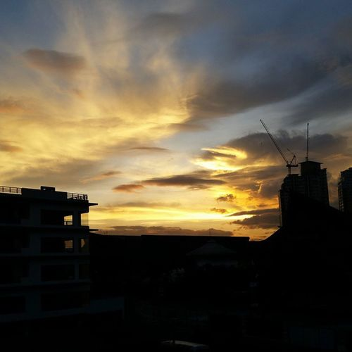 """THOUGHT OF THE DAY: """"We have to experience the bad times to be able to really appreciate the good ones. Keep the faith ~ it will get better."""" Good Morning! Nofilter Morningblessings Morning"""