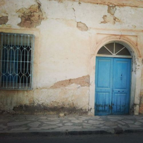 Door Window Architecture Kebili Tunisie Tunisia colors Bleu Withe