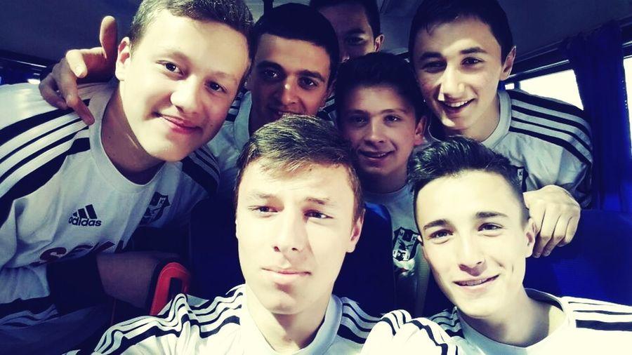 Maça giderken biz :) Football Moymulspor
