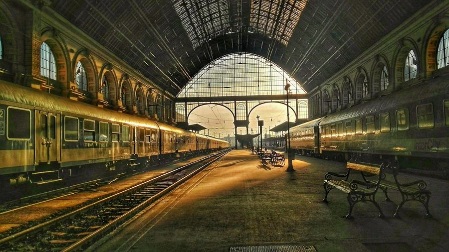 Railway Station Budapest Keleti Raillway Station Hall Of The Building Retro Feeling