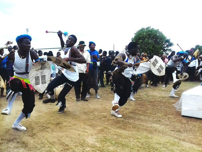 NewEyEm Arts Culture And Entertainment Day EyeEmNewHere Brothers Dancers Drop Dramatic