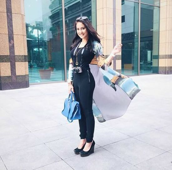 Taking PhotosTaking Photos Relaxing Fashion Street Model Sexygirl Beauty Today's Hot Look Elegant Photos Around You