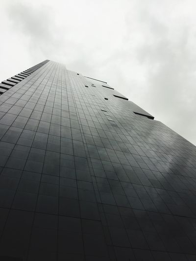 A rainy afternoon at Jumera Lake Towers Jumeralaketower Dubai Architecture Building Exterior Dubai Rainy Day EyeEmNewHere Flying High