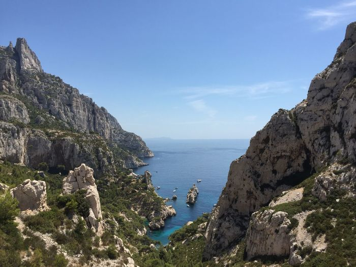 La beauté des calanques de Sugiton Beach Calanques  Calanques De Marseille Calenque Calenques Coastline Marseille Mer Plage Rock Sea Sugiton Tranquil Scene Water Showcase: February