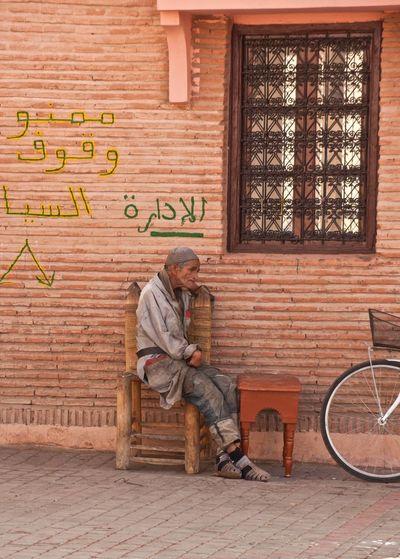 Streetphotography Street Scene Sitting Man Sitting Old Man Old Man Arab Morocco Moroccan Culture Thinking