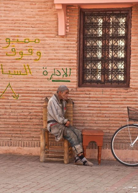 Streetphotography Street Scene Sitting Man Sitting Old Man Old Man Arab Morocco Moroccan Culture Thinking