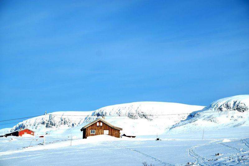 Mountains And Snow Norway Enjoying Life