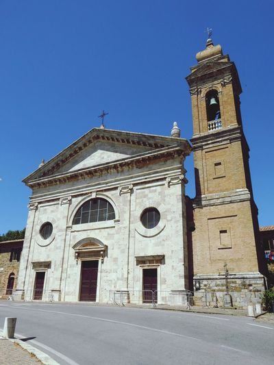 Italy🇮🇹 Religion Spirituality Place Of Worship Architecture Built Structure Low Angle View Building Exterior Outdoors Blue Clock Tower History No People Day Clear Sky Bell Tower Sky EyeEm Gallery Old But Awesome Decayed Beauty Jesus Christ Virgen Mary Old Church Building Very Beautiful Eye For Photography