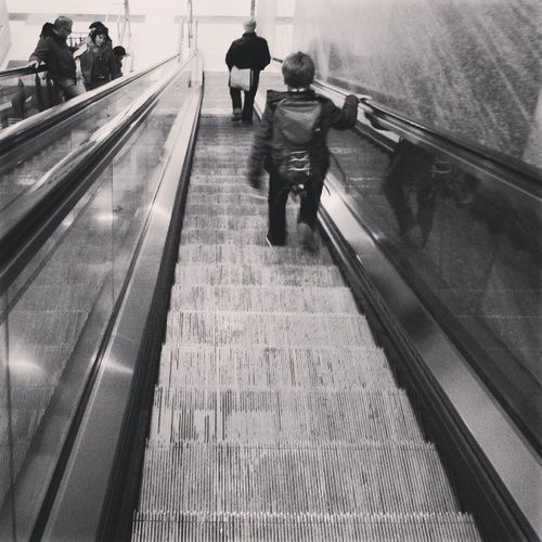 Up and down Berlin Ubahn Rolltreppe Subway