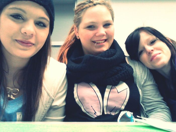 Bestfriends <3 We Love Cannabis #Ganja Hauptschuleee