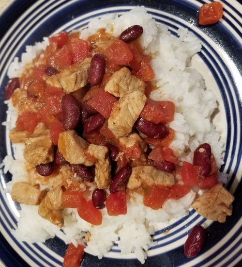 Tomatoes Chiles Red Kidney Bean Black Pepper Ginger Powder Onion Powder Garlic Powder Cinnamon Samsungphotography Samsung Galaxy S8 No Edit/no Filter I Made This! Jasmine Rice Chopped Pork Close-up Serving Size Prepared Food Plate Ready-to-eat