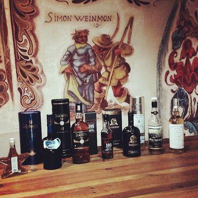 Das heutige #Whisky-Lineup... #whiskySBH #tasteup Slàinte Prost Germany USA Badenwuerttemberg Cheers Immendingen Baden Brennerhof Whisky Tuttlingen India Indien Deutschland Scottland Whiskey Schottland Kentucky  Singlemalt Scotch Tasteup Bourbon Whiskysbh Lineup Malt