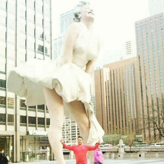Ernuel & Marilynmonroe Chicago Coleccionandomomentos